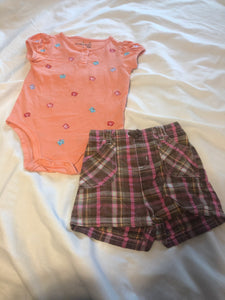 2 pc. JUMPING BEANS Orange SS Onesie w/ embroidered butterflies, JUMPING BEANS Pink & Brown shorts, size 18m