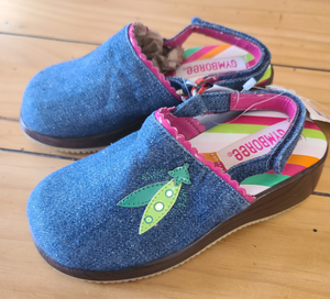 *NWT* GYMBOREE Denim clogs, Toddler Girls shoe size 8