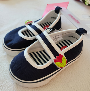 *NWT* GYMBOREE canvas shoes, Infant girls Size 3