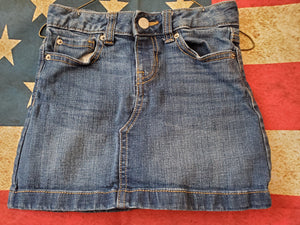 OLD NAVY SIZE 7 JEAN SKIRT