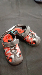 ROBUCKS AND CO black and red sandals. Size Toddler 9