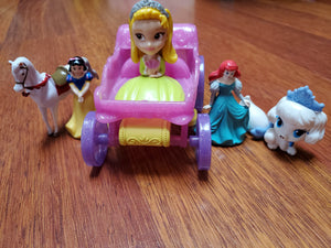 5 piece princess/pet toys