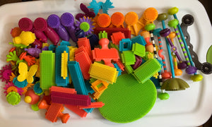 116 Piece Lot of Bristle Style Building Blocks