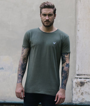 Grand Crew Neck t-shirt by Distorted People