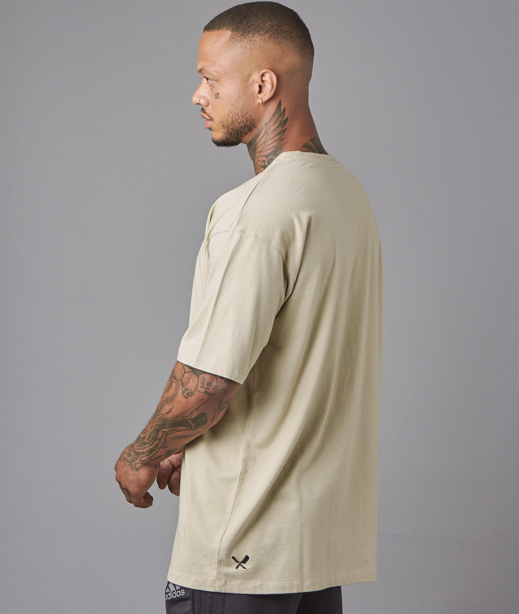 distorted people - Classic Oversized T-Shirt