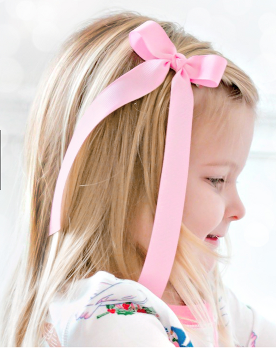 Medium Grosgrain Bow with Streamer Tails
