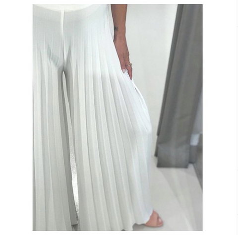 PLEATED PANTS.