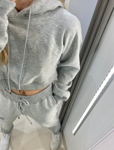 BLISS CROPPED HOODIE.