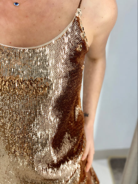 BRONZE SEQUINED DRESS.