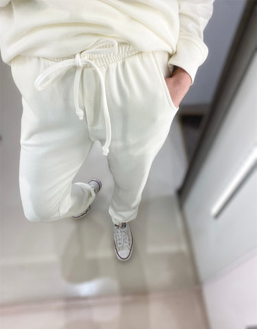 CANDY VANILLA SWEATPANTS.