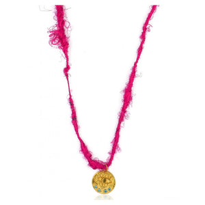 KRESSIDA SMALL PINK YARN NECKLACE.