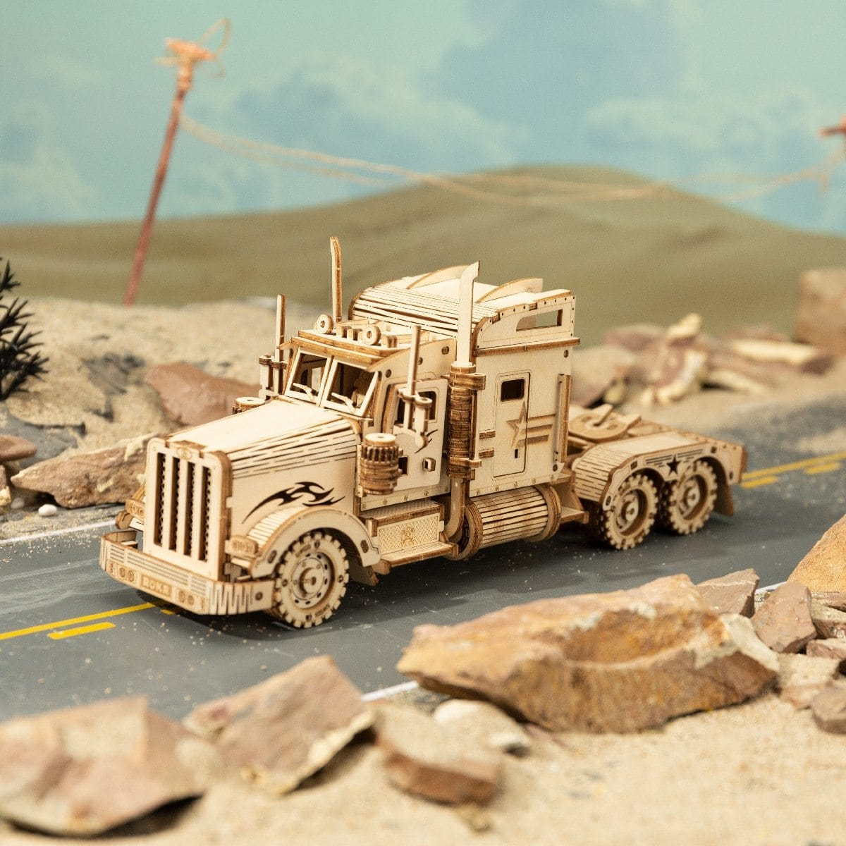 Heavy Truck Vehicle Scale Model - DFToys