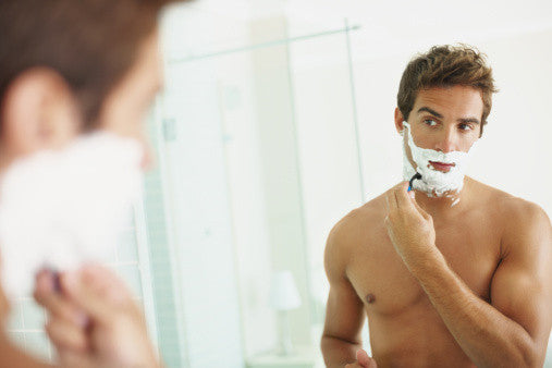 How to clean your razor