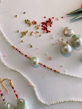 Load image into Gallery viewer, Tutti Frutti Bead and Pearl Choker