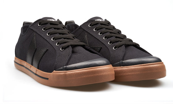 ELIOT BLACK/BLACK/GUM