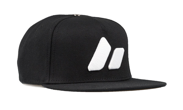 MACBETH Snapback - Pennant Black