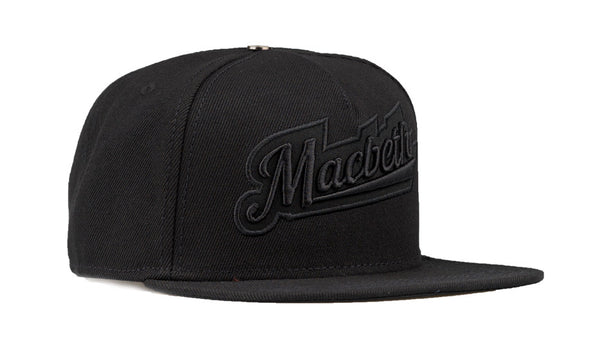 MACBETH Snapback Black