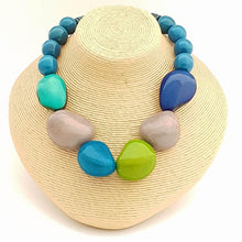 Load image into Gallery viewer, Marina Tagua Nut Necklace