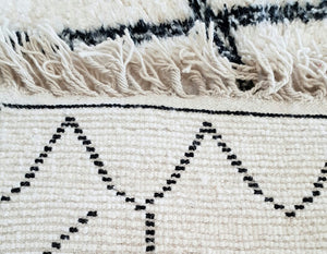 Beni Ourain rug SHAKIRA with Finest quality handspun wool