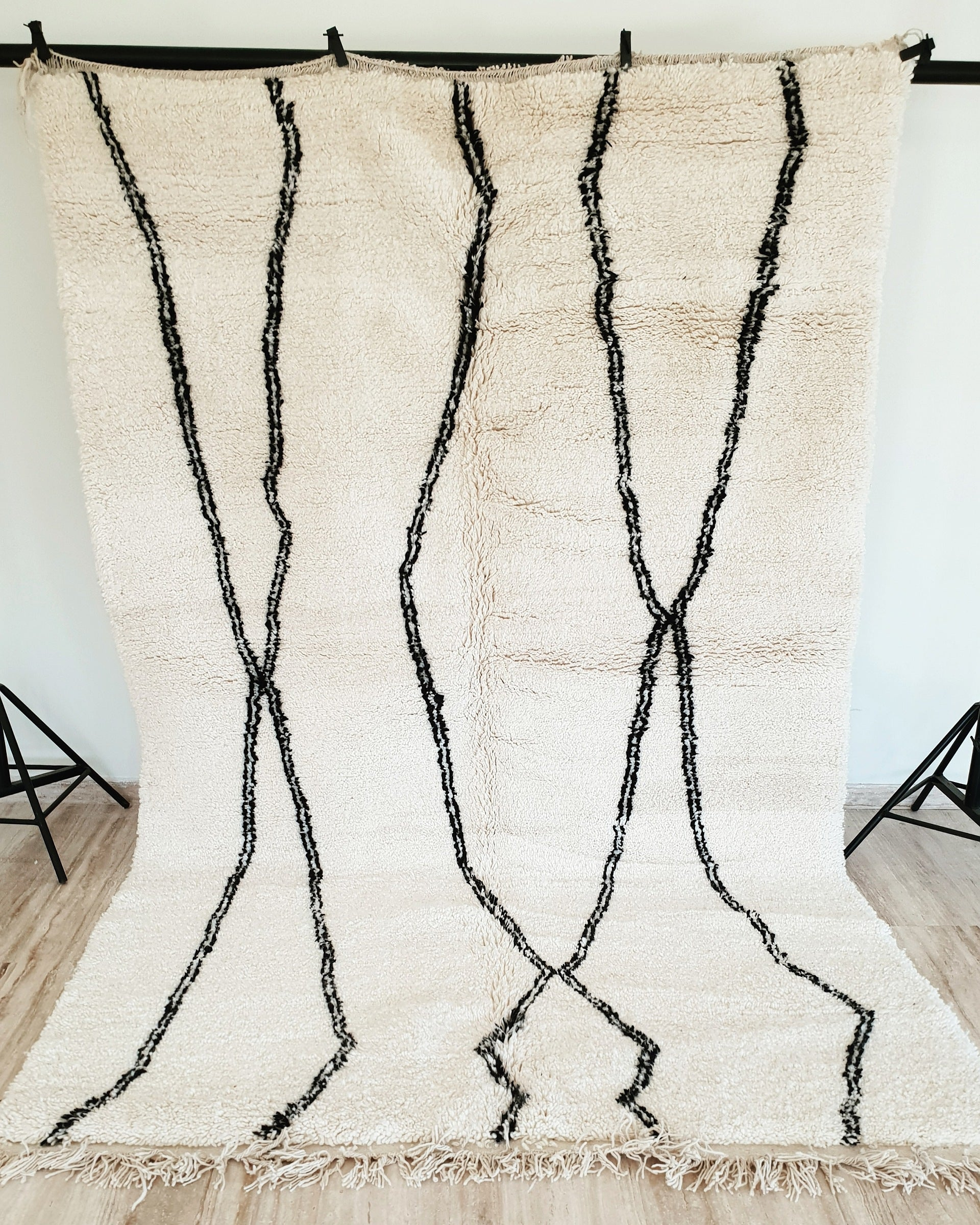 Hand knotted beni Ourain rug ANANDA