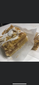 Apple crisp shortbread bar