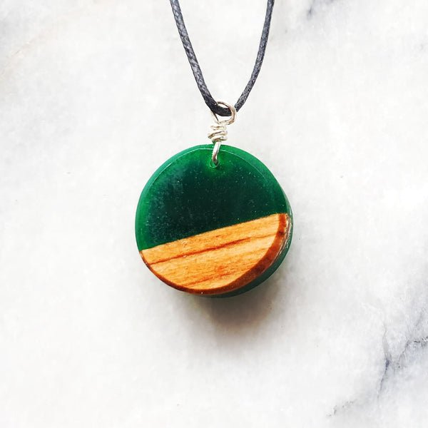 Small Circle Necklace Resin+Wood