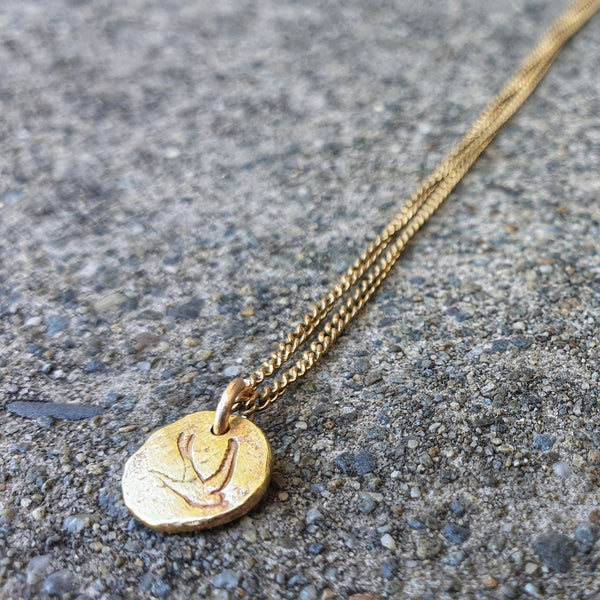Freedom Swallow Necklace Gold