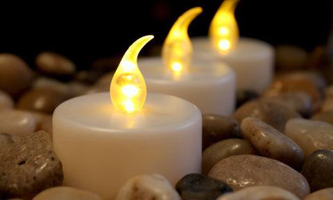 Amber flickering LED tea lights