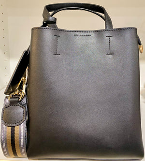 Medium Semi Structured Handbag With Contrast Strap