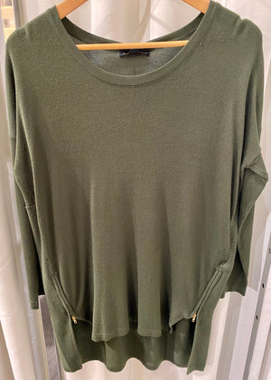 Long Knit Top With Side Zip And Ribbed Back
