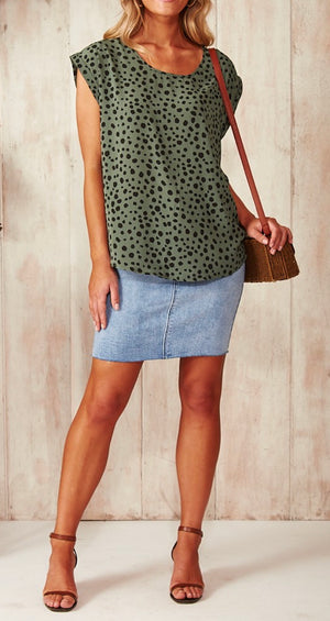 Spot Printed Cap Sleeve Shell Top