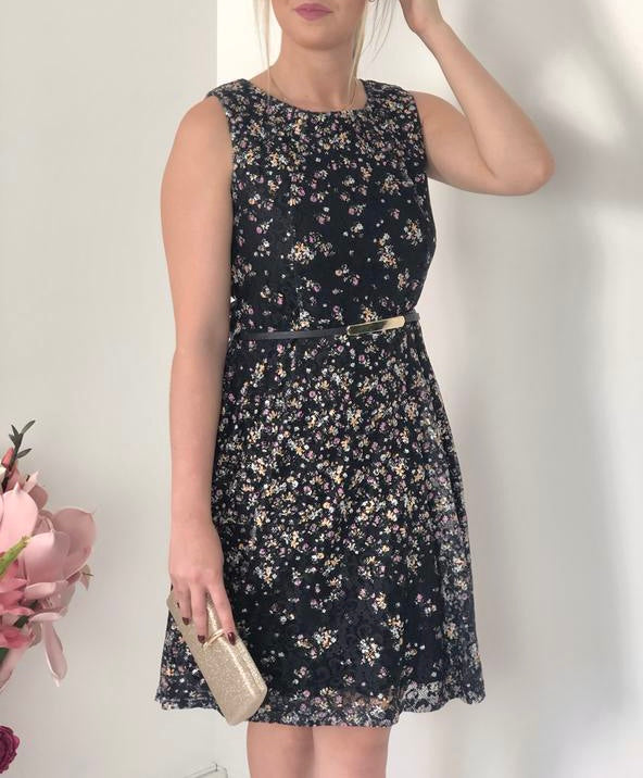 Sleeveless Floral Lace Dress With Belt