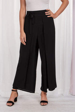 Wide Leg Pant With Middle Pleat