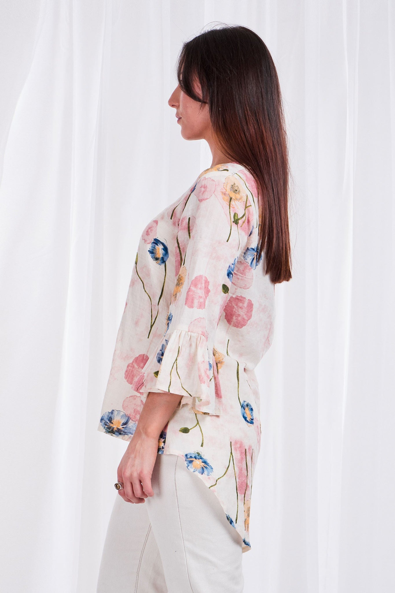FLUTE SLEEVE FLORAL BLOUSE