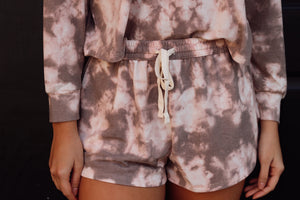 NEUTRAL TIE DYE LOUNGE SHORTS