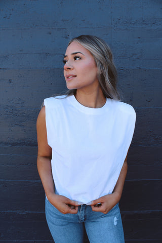NYTT SHOULDER PAD TOP IN WHITE