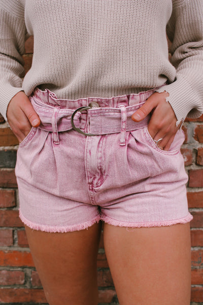 HENSLEY FRAYED HEM SHORTS