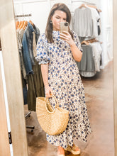 Load image into Gallery viewer, Sunday Maxi Dress