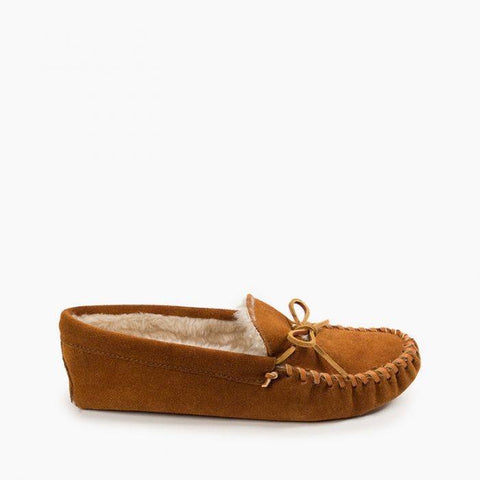 Minnetonka Men's Pile Lined Softsole Brown