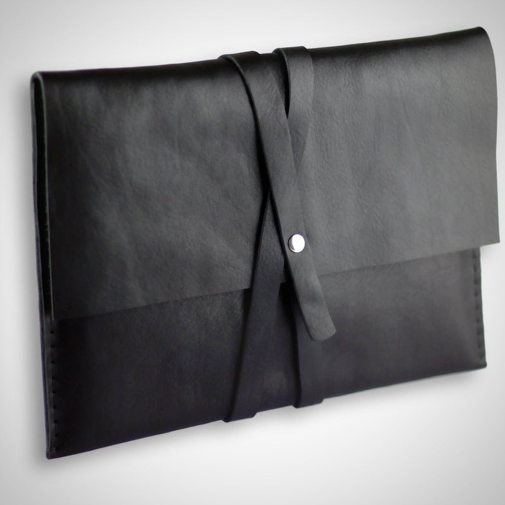 Valer clutch | Macbook case | black