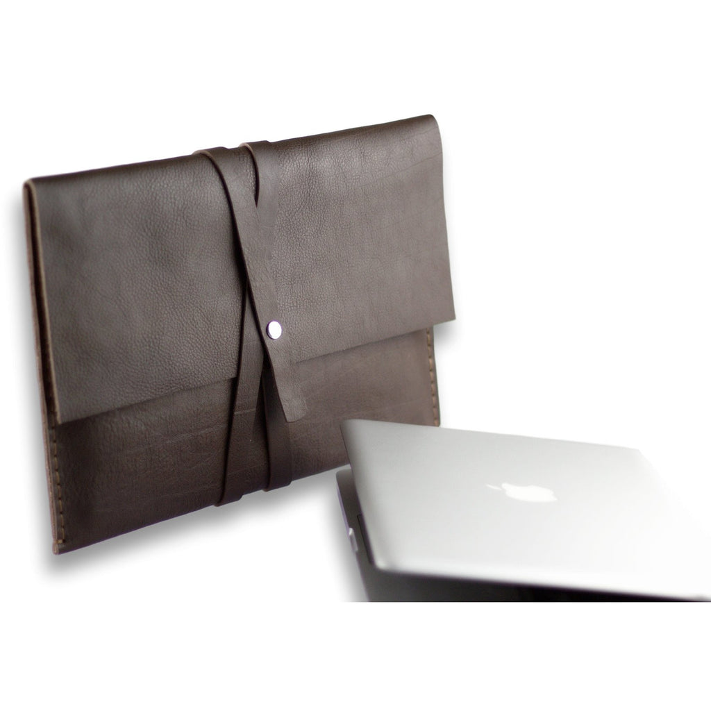 Valer clutch | Macbook case | brown