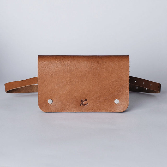 BELT BAG / TAN