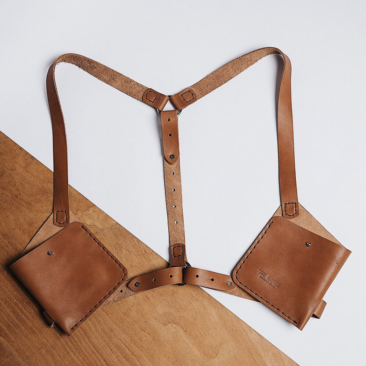 harness / brown