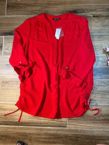 Roz & Ali Sz Large red crepe blouse NWT K12