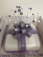 Load image into Gallery viewer, Parcel with Bow Celebration Cake