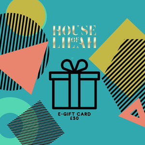 House of Lilah - Curiosity Gift Set - Concrete Soy Candle & 2 x Tea