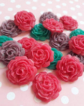 Load image into Gallery viewer, Marzipan Roses