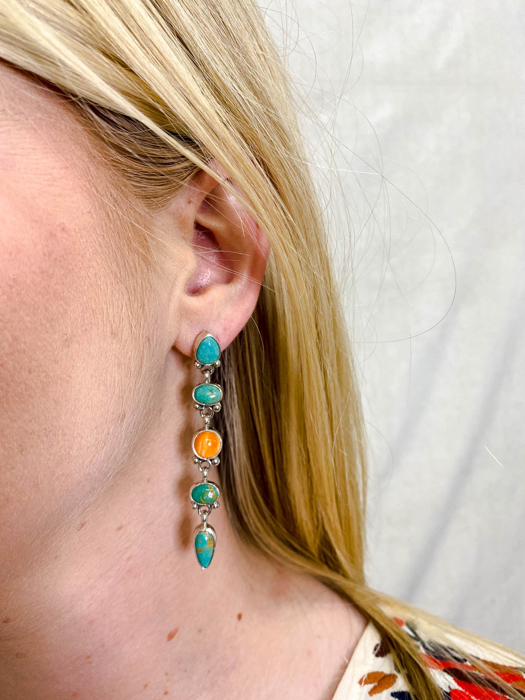 Cinco Turquoise Spiny Oyster Linear Earring