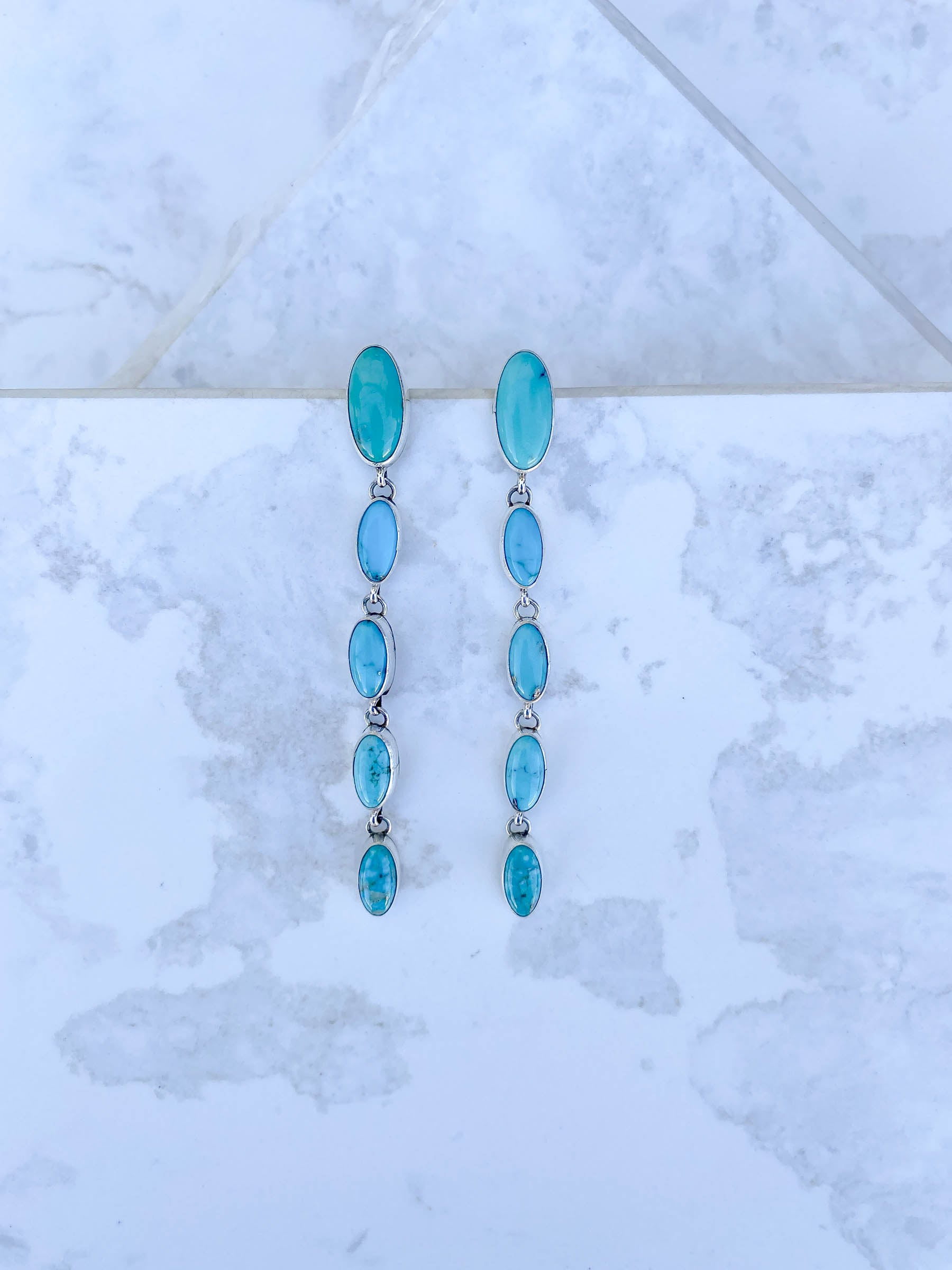 Cinco Oval Turquoise Linear Earring