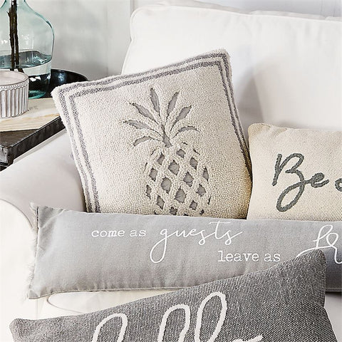 PINEAPPLE WOVEN HOOKED PILLOW